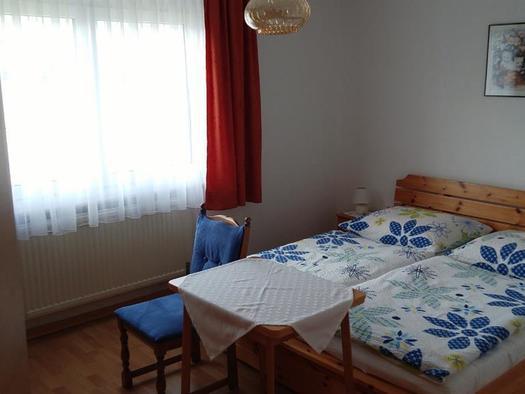 Schlafzimmer (© Ferienwohnungen Schiemel)
