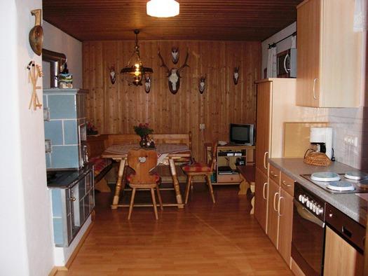 Küche - Geschirrspüler, Mikrowelle, Kaffeemaschine