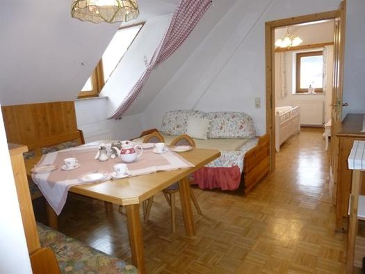 Wohnzimmer XL Apartment Wollstube (© berger)