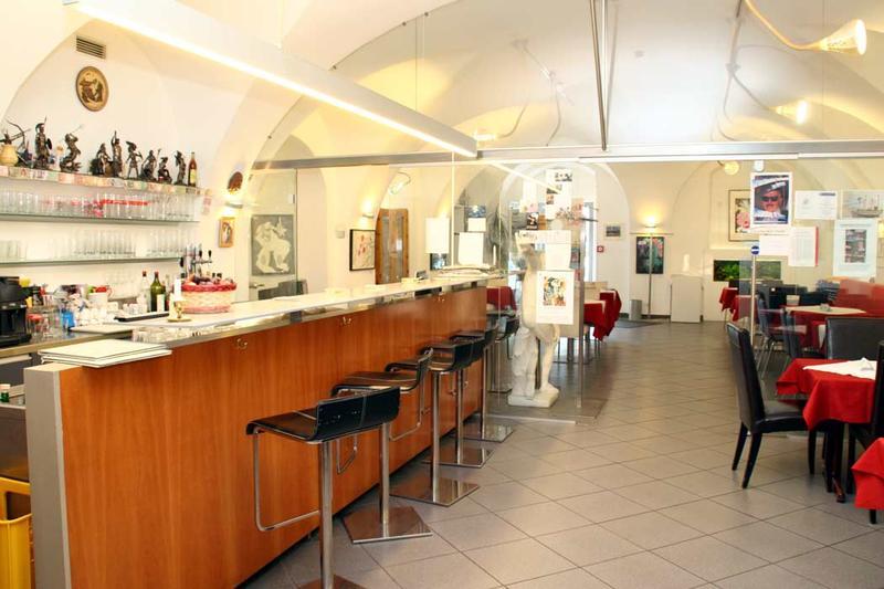 Orpheus Bar