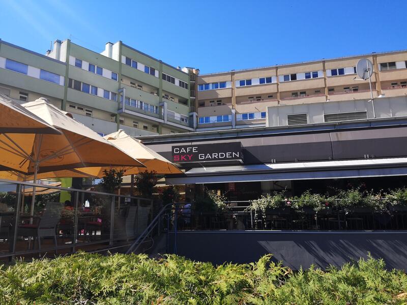 1 Cafe Skygarden