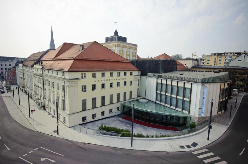 Landestheater Außen