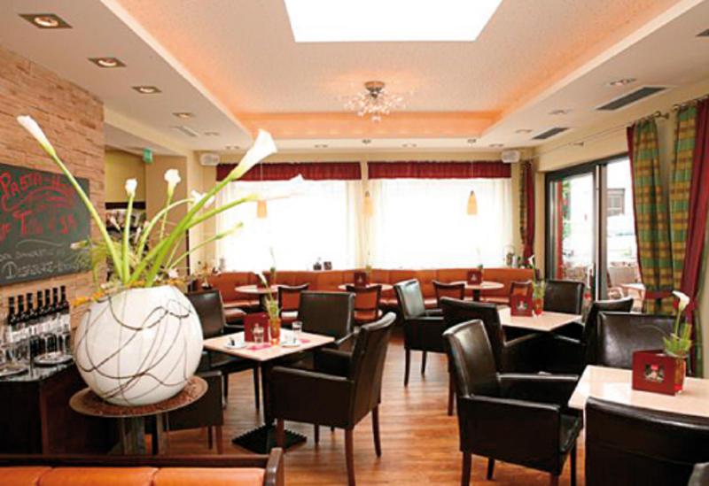 Cafe Schwarz