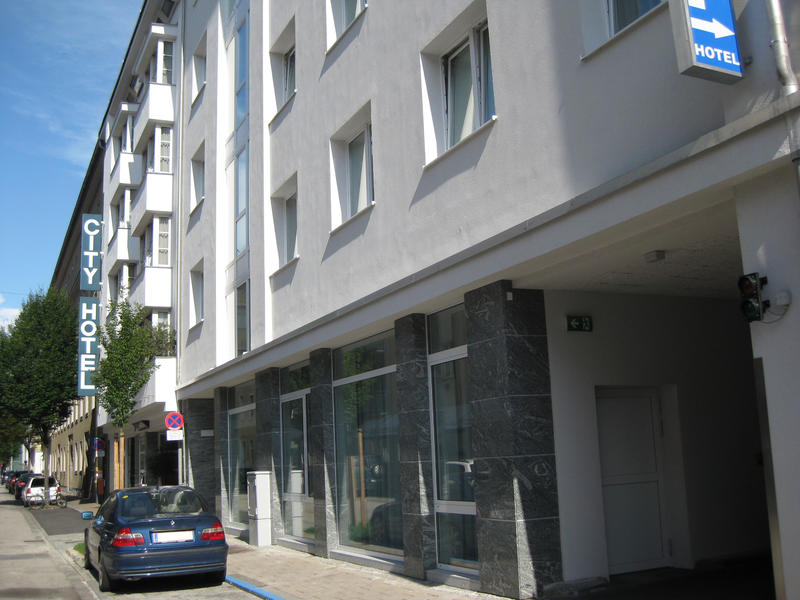 City Hotel - Fassade