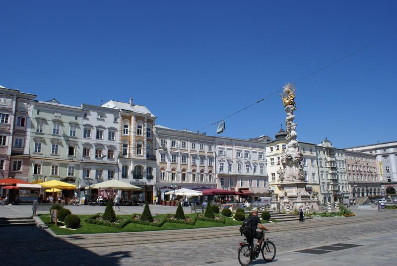 Hauptplatz1_Linz%c2%a9linztourismus_LE