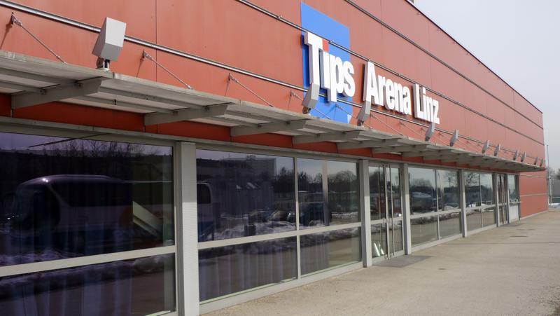 Tips Arena Aussenansicht.JPG