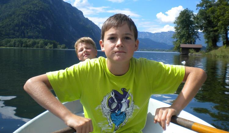 Enjoy a great boat trip on Lake Hallstatt.