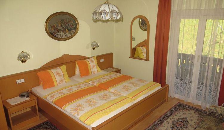 Schlafzimmer Ewige Wand (© Fettinger)
