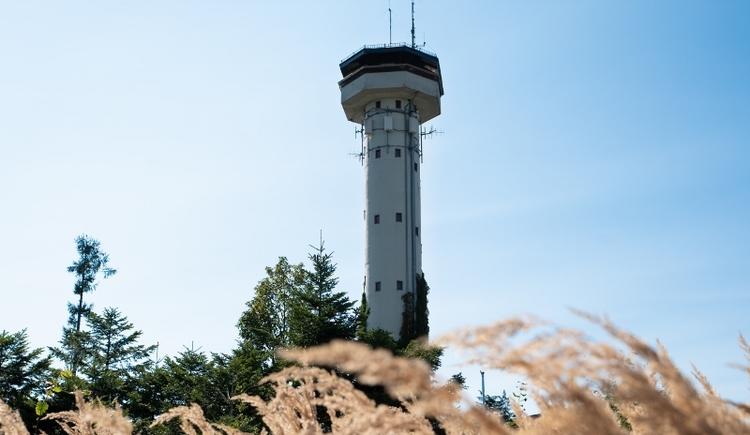 Die Aussichtswarte bzw. der Turm in Lohnsburg. (© Innviertel Tourismus/Fotolounge Blende8)