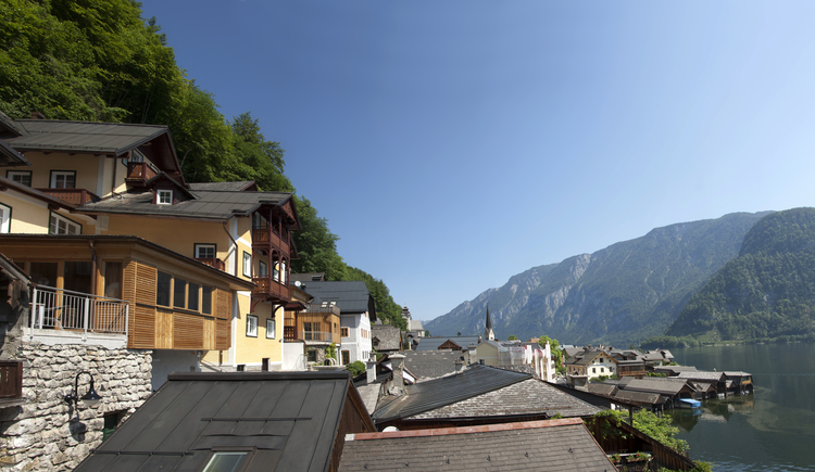 The Heritage Hotel Haus Seethaler is located high up with beautiful views of Lake Hallstatt and the Dachstein.