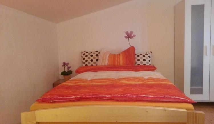 The sleeping rooms at Apartment Hallstatt invites you to sweet dreams.