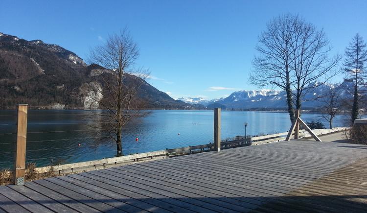 Haus am See, Blick Ferienhaus und Ferienwohnung