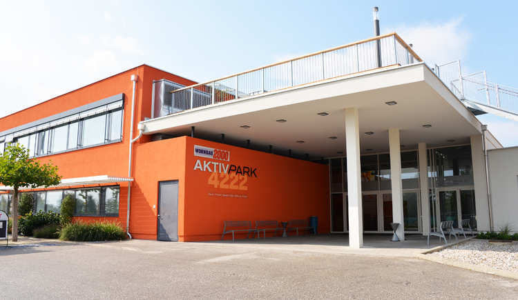 Außenansicht des AktivPark4222 mit Eingang. (© Gemeindeamt 4222)
