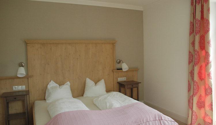 Landhaus Roidergütl - Familie Laimer: Schlafzimmer Apartment 1