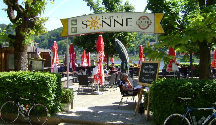 Gastgarten Gasthof Sonne, direkt an der Donau gelegen