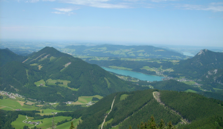 View from the Schafberg to lake Fuschlsee (© Tourismusverband Faistenau)
