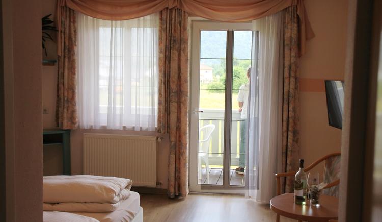 Doppelzimmer mit Balkon 207 (© Waldinsperger)