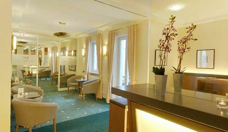 Bar Weisser Hase (© Hotel Weisser Hase)