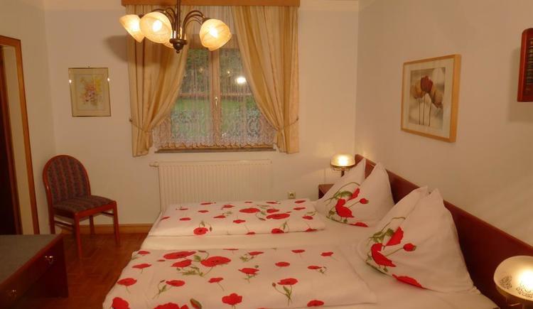 Schlafzimmer 1_P1050496 (© Apartment Heidelinde)