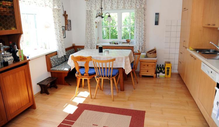 Wohnküche (© Haus SONNSTEIN zu EBENSEE am Traunsee)