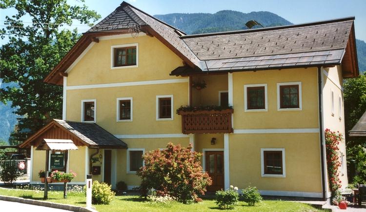 The House Trausner is located near the Lake Hallstatt in the Holiday Region Dachstein Salzkammergut