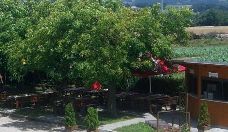 Gastgarten beim Gasthof Mader in Lest