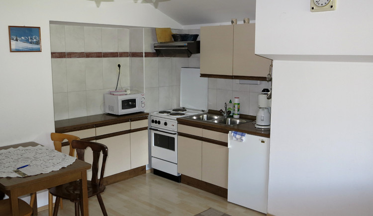 Here you can see the fully equipped kitchen