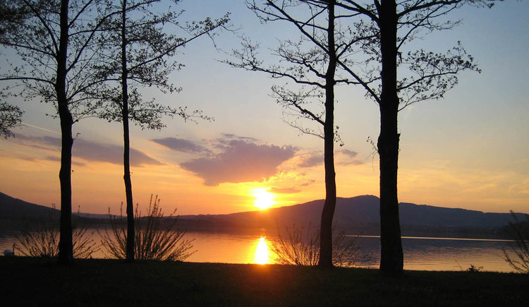 Sunset from the lakeside, view of the Mondsee