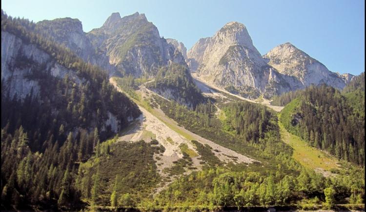 Gosaukamm mit See. (© Ehrenfried Vierthaler)