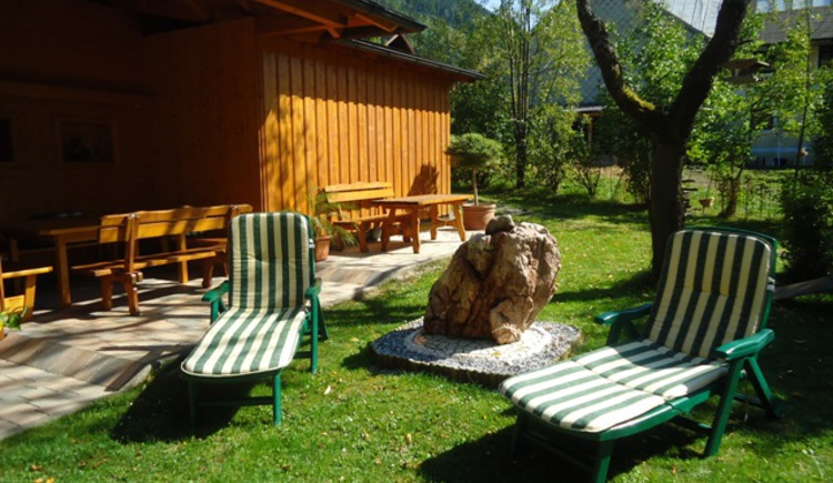 Wonderful garden for enjoying the holidays (© Pension Wald)