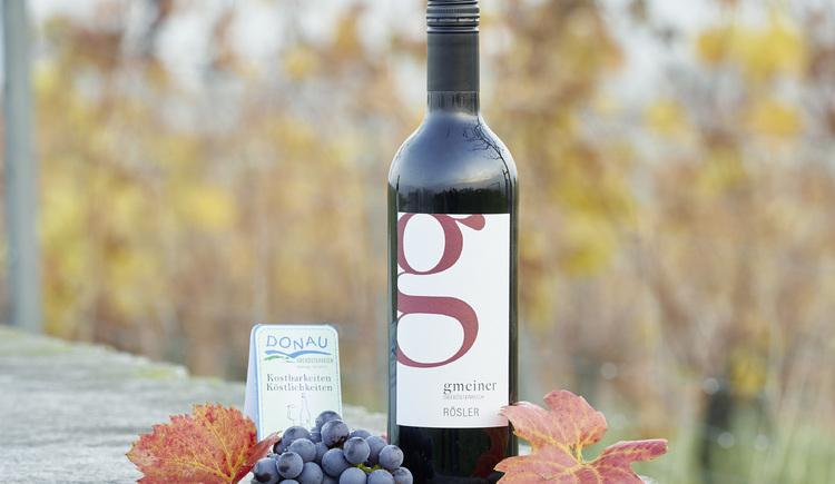 Rösler - klassischer Rotwein mit leichter Restsüße, Weinbau Gmeiner, Perg. (© WGD Donau Oberösterreich Tourismus GmbH-Peter Podpera)