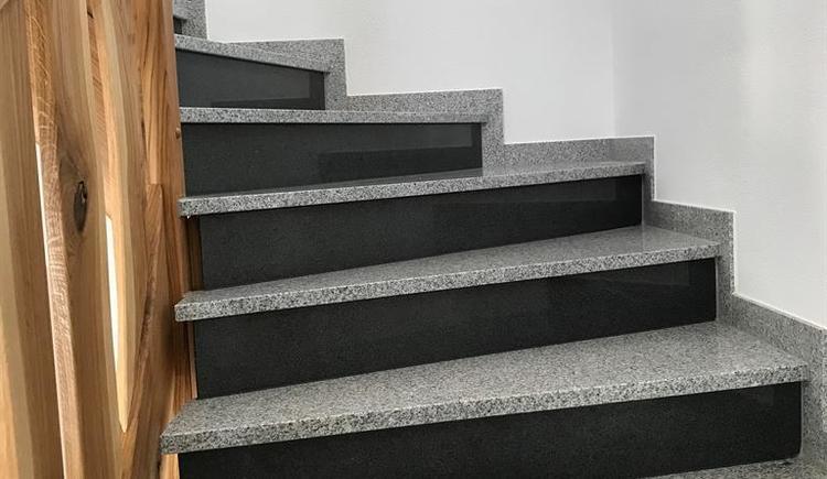 Aufgang in den 1. Stock (© Ferienhaus Grobauer II)