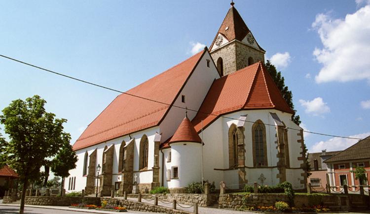 Tragwein Kirche. (© TTG Tourismus Technologie)