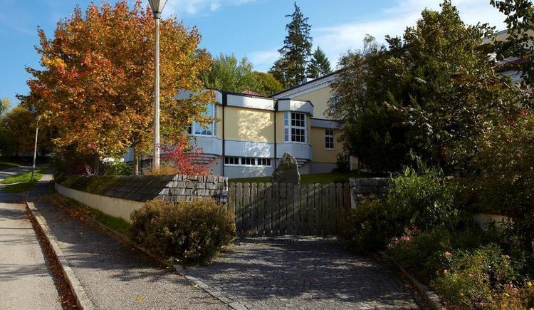 Seminarzentrum im Herbst (© Stift Schlägl)