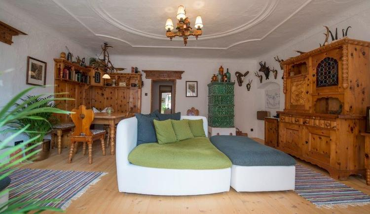 The comfortable living room of the Salzhaus.