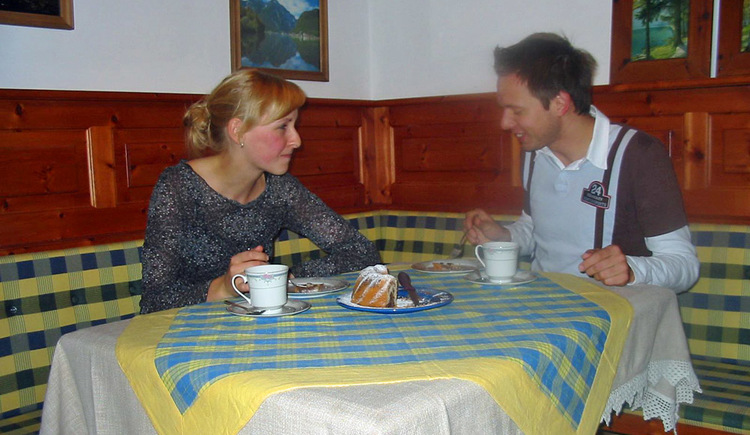 Gemütliches Frühstück in der Ferienwohnung in Hallstatt