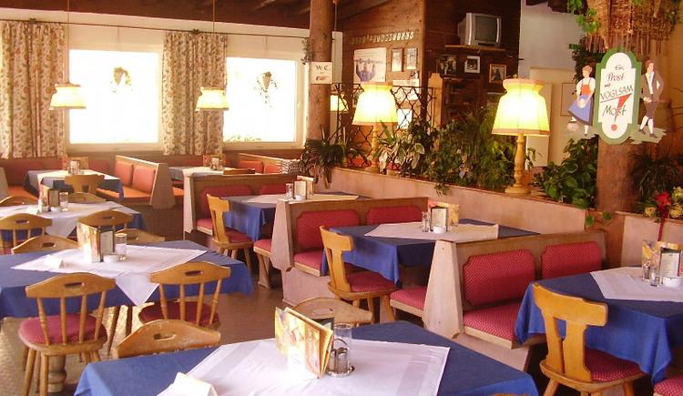Gastraum vom Postalmrestaurant Lienbachhof (© Ulli Buchegger)