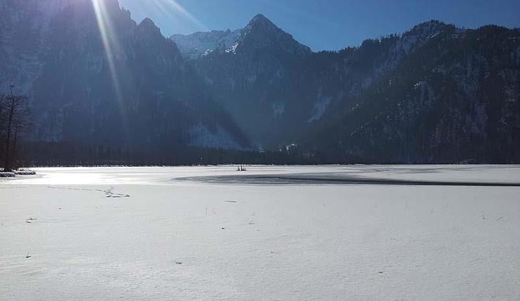 Offensee im Winter (© Tourismusbüro Ebensee)