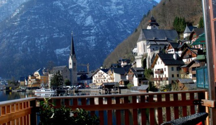 The historical view of the World Heritage town of Hallstatt, and the beautiful Lake Hallstatt.