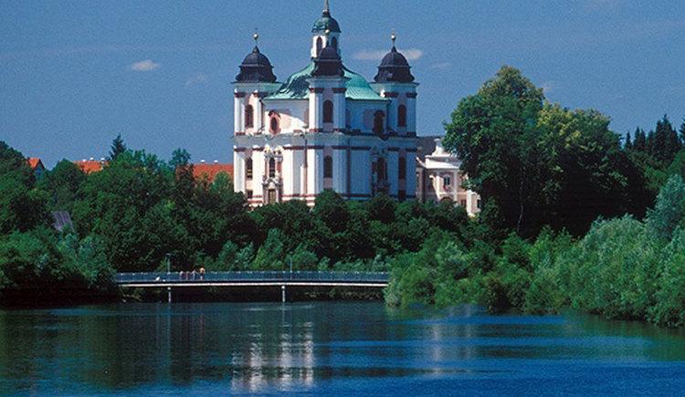 Dreifaltigkeitskirche Stadl-Paura. (© Foto Neumayr)