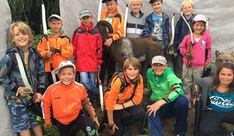 Auch beim KIDs Sommerspaß ist der Bogenparcour im Jagd- und Fischerparadies Kickeneau ein beliebtes Angebot. (© Josef Seyr)