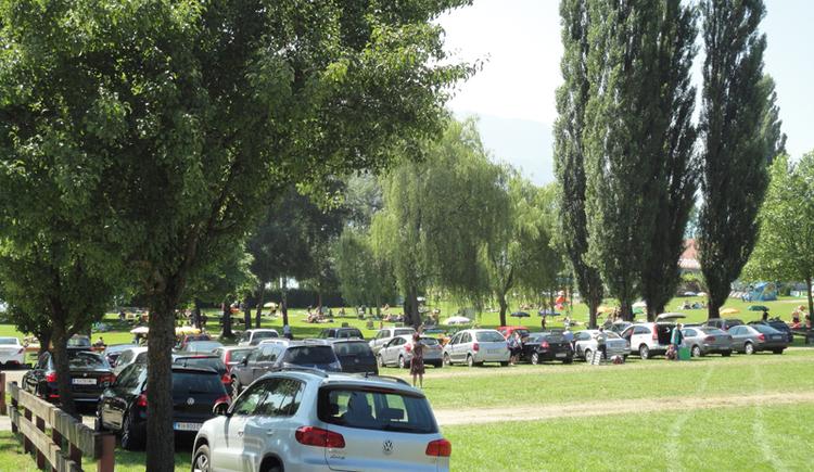 Freibadeanlage Litzlberg in Seewalchen am Attersee - Parkplatz gebührenpflichtig