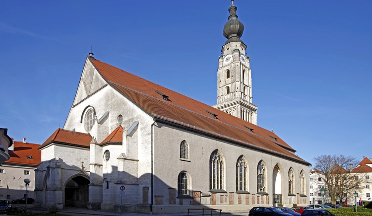 Stadtpfarrkirche St. Stephan (© Photo Ernesto)