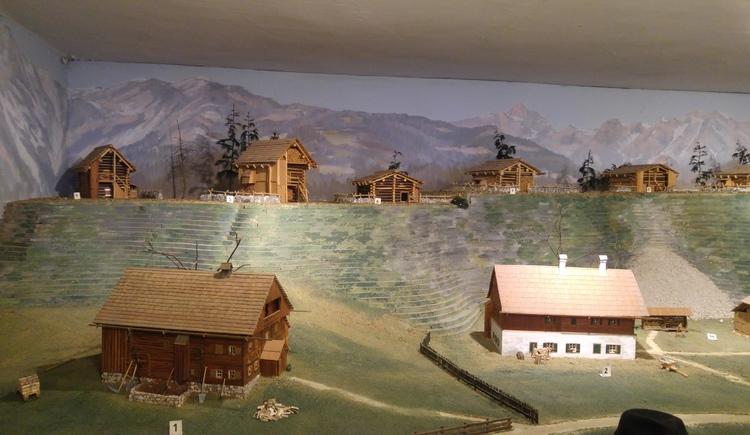 Im Heimat- und Landlermuseum gibt es Modelle von Häusern und Hütten aus Bad Goisern.