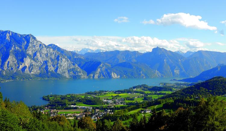 Panorama vom Gmundnerberg. (© Ferienregion Traunsee - TB Altmünster)