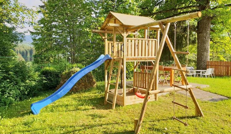 Privater Kinderspielplatz (© Ferienhaus Mountain View)