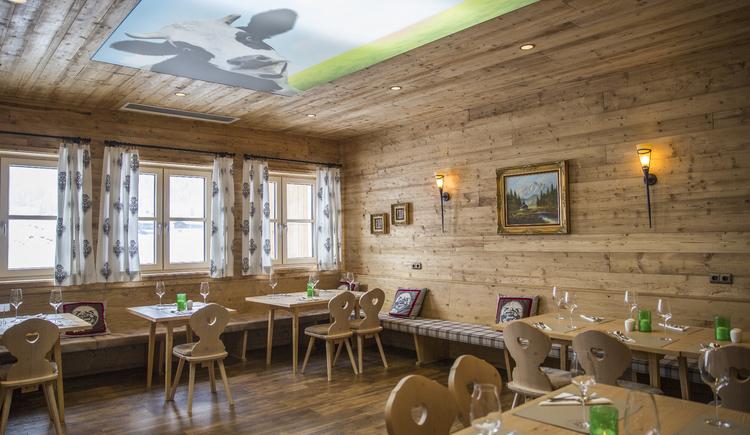 Restaurant. (© cooee-alpin-hotel-dachstein)