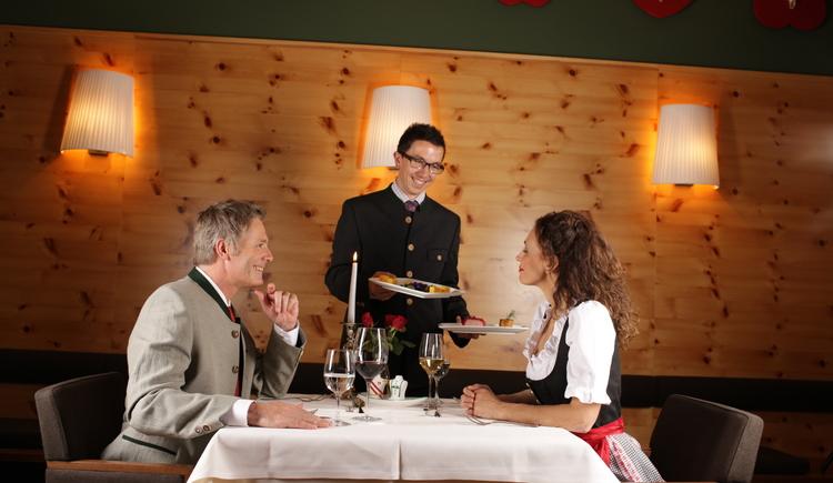 Salzprinzessin - Gala-Dinner - Wellnessurlaub im Salzkammergut - Wellnesshotel Villa Seilern - Hotel in Bad Ischl (© www.villaseilern.at)