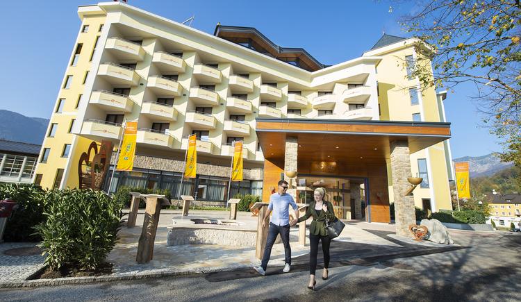 Hoteleingang Royal****s (© EurothermenResorts)
