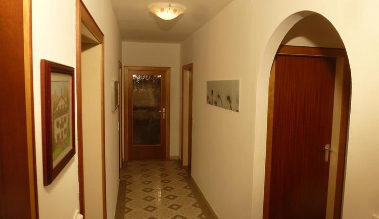Vorzimmer / Gang_P1040349 (© Apartment Heidelinde)